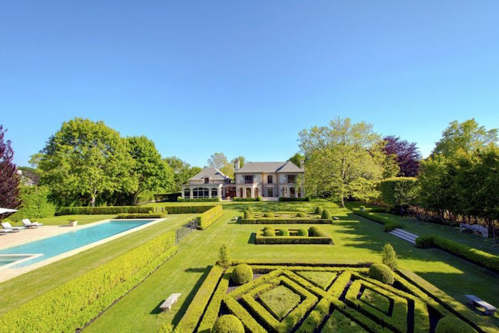 Ox Pasture Lane estate of former Billy Joel lawyer Arthur Indursky