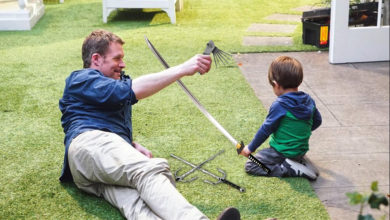 David and Carl share a teachable moment—lock picks, swords and all... on Revenge