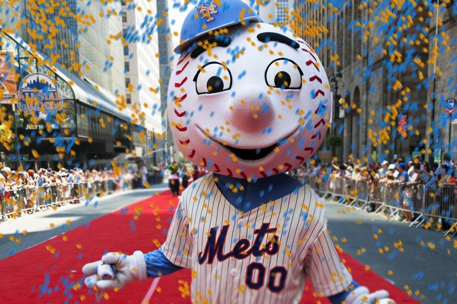 Mr. Met Confetti NY Mets win!