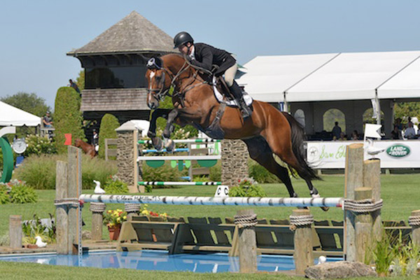 enturo 9 and Shane Sweetnam of Ireland won the $10,000 Marders Open Jumper at the 40th annual Hampton Classic.
