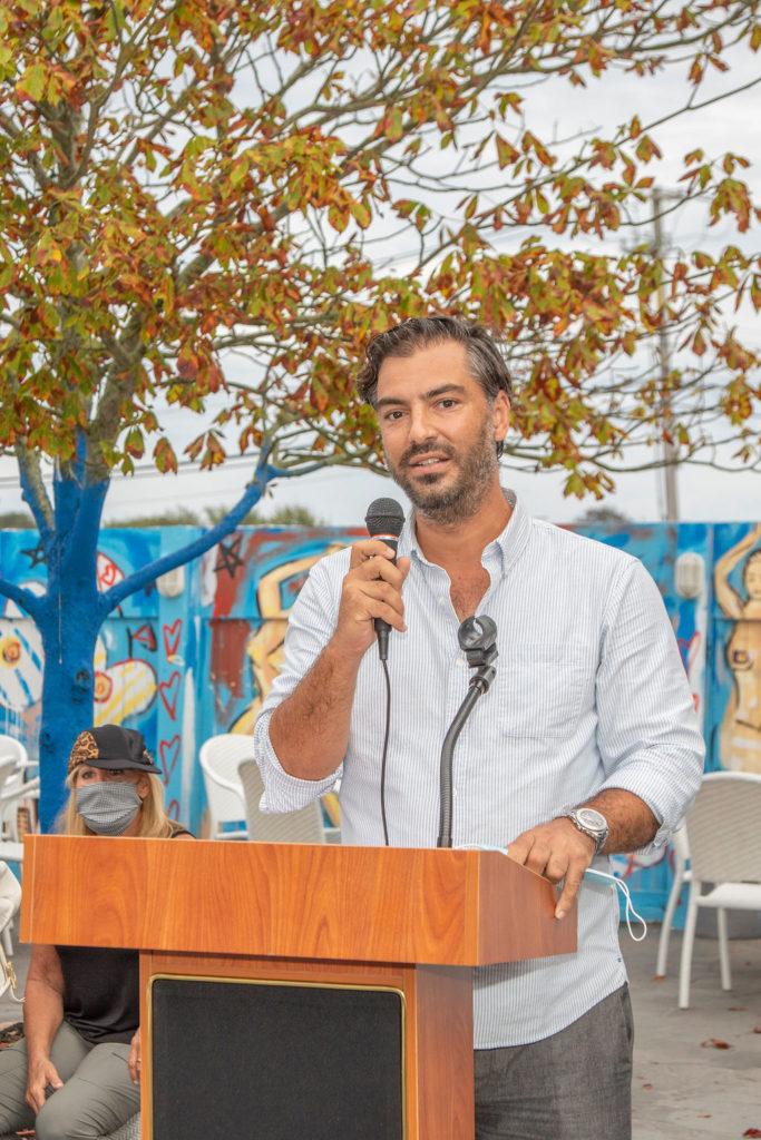 Michael Pitsinos at the mic