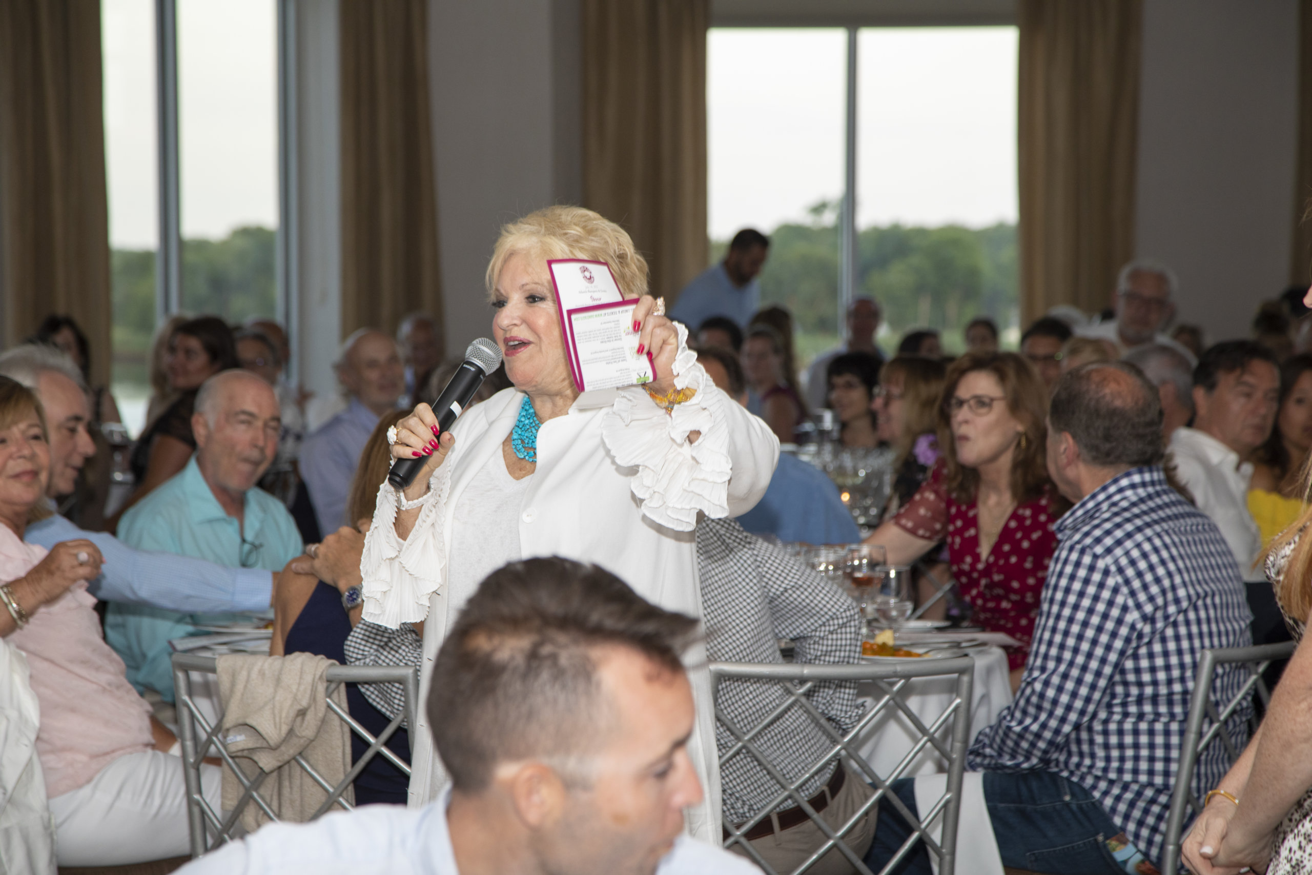 Victoria Schneps welcomes guests at Dan's Chefs of the North Fork 2021